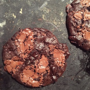 RECIPE | FUDGE BROWNIE COOKIES THAT YOU NEED IN YOUR LIFE (GF)